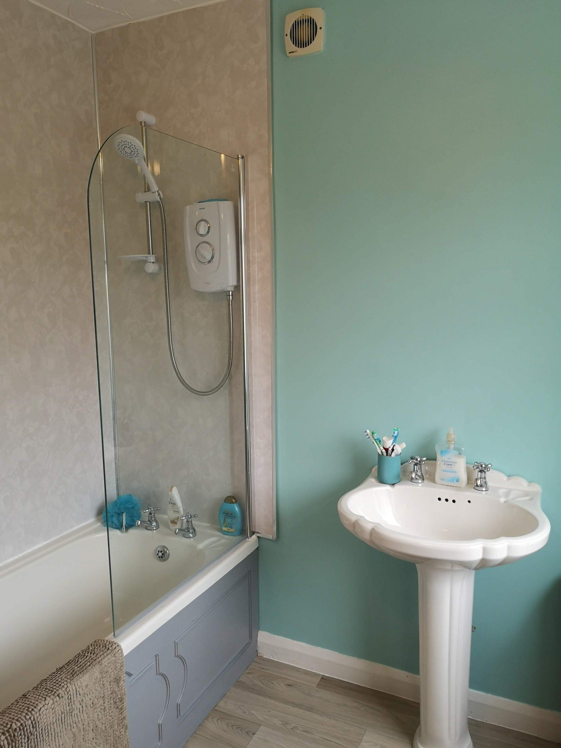 house bathroom Viola Crescent | house in Durham